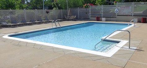 Tanglewood Village Outdoor Inground Pool